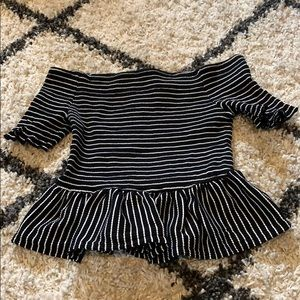 Ruffled black and white striped top!